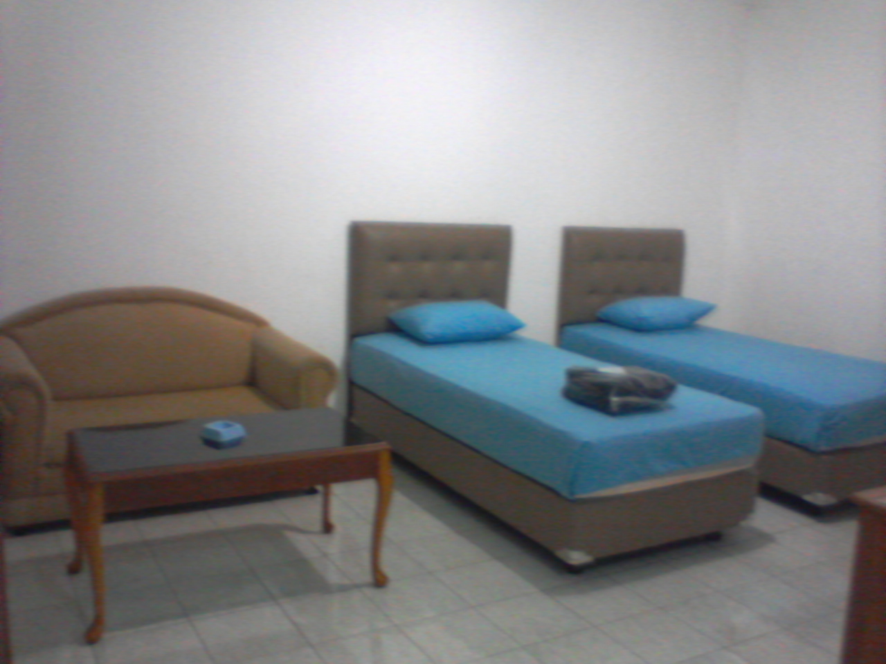 Twin Bed Di Hotel Sukma